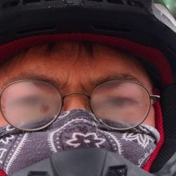 Desde Visión Martinez te ofrecemos posibles soluciones antivahos para evitar que se nos empañen las gafas al usarlas con las mascarillas