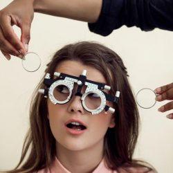 ¿Sabes qué significan los números en tu prescripción oftalmológica?